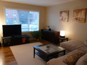 Gorgeous two story condo in Lakewood – Jan 1st