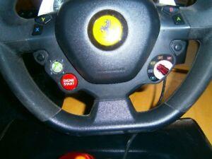 Xbox 360 avec jeux et volant