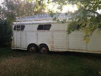 1981 Horse trailer for sale