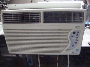 LG air conditioner 8000 BTU