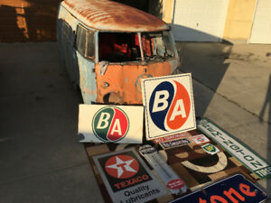 Firestone, Texaco, gulf, British American signs
