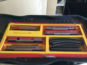 VINTAGE TRI-ANG  TRIANG  HO/OO  RS13 TRAIN SET 1960'S