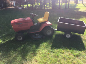 Mastercraft  Lawn tractor with trailer