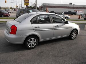 2007 ACCENT GL SEDAN  LOADED  5 SPEED  ONE OWNER-NO ACCIDENTS Windsor Region Ontario image 8