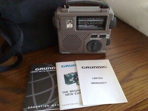 GRUNDIG SHORT WAVE RADIO