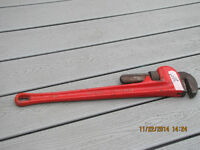"""24""""   PIPE WRENCH"""