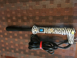 beyond the beauty zebra ceramic curling iron