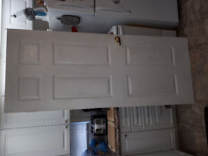 80 x 32 door with all Hardware in excellent condition