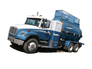 1996 FREIGHTLINER FL106 BUSINESS CLASS TANK TR Cash/ trade/ le