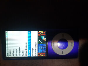 APPLE IPOD 5TH GEN 16GB W/ VIDEO RECORDER AND RADIO. $60