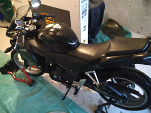 2011 Honda CBR250R ABS - second owner, few scratches