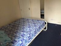 2 rooms to let