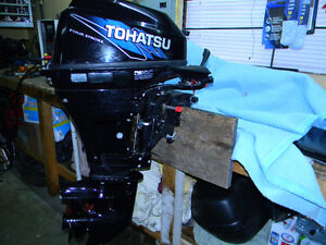 Tohatsu 20 HP 4 stroke Short Shaft with tank and hose like new