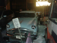 Packard Clipper 1953....complete ready for restoration   519 432