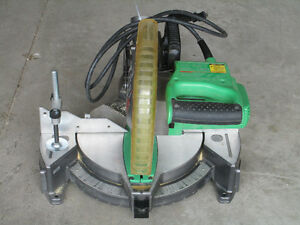 Hitachi 10-in 15-Amp Bevel Compound Miter Saw Laser machine Kitchener / Waterloo Kitchener Area image 3