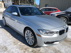 2014 BMW 3-Series 328i xDrive Sedan - Nav, camera, leather, roof