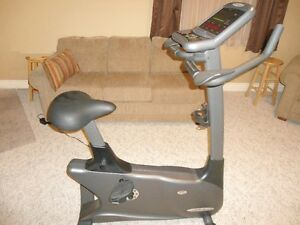 VISION FITNESS E3200HRT UPRIGHT EXERCISE BIKE