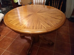 """Solid Wood 42 """"Round Dining Table with Chairs - extendable"""