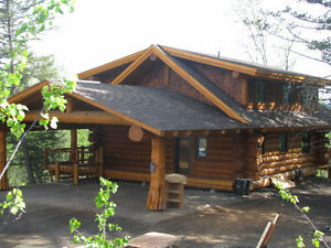 Spectacular Custom Built Pioneer Log Home in 150 Mile House