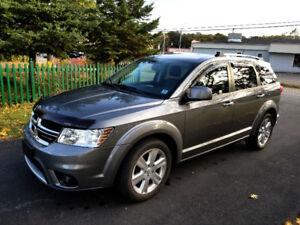 Dodge Journey RT  AWD & Very Low KMs