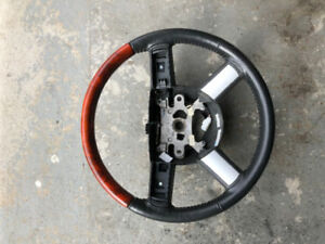 Chrysler 300 steering wheel