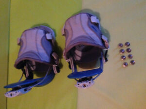 Flow snowboard boots and snowboard bindings