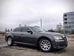 2013 Chrysler 300 Phantom Grey Super low KM