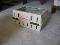 SMALL SIZE PET TRAVEL CRATE
