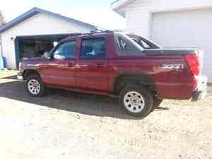 2005 Avalanche loaded $4000