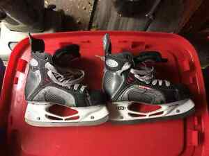 Skates from size 2.5-size 5
