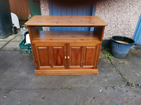 TV STAND / SIDEBOARD