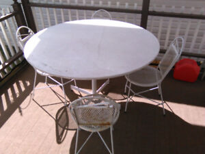 Garden Table and 4 Chairs, white metal.