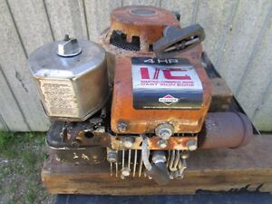 Briggs & Stratton 4HP Motor With 2 Shafts