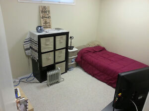 AVAILABLE_ Nice n Clean in city south_MacEwan/Rutherford area