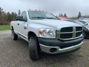 2009  DODGE 2500 CUMMINS DIESEL 6 SPEED STANDARD 4X4