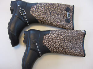 Woman's size 8 rubber boots New, never worn
