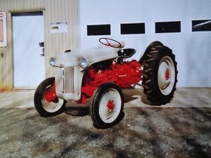 tracteur antique. Ford 8 N
