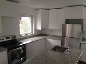 Lakeview! 2 bdrm with attached garage