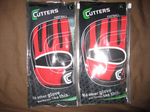 Gants / Gloves football Cutters **NEUF** pour 40$