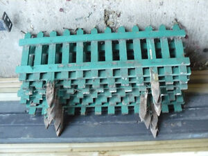7 sections of flower bed fencing $5.00