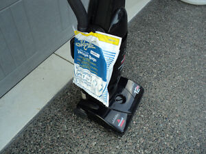 BISSEL POWER-FORCE!! VACUUM & ATTACHMENTS + NEW SET OF BAGS Windsor Region Ontario image 4