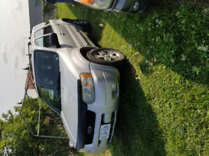 2004 Ford Escape Limited SUV, Crossover