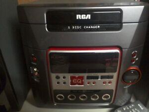 Stereo RCA RS2654 Bookshelf style