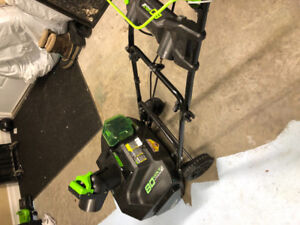 Snow blower - battery operated