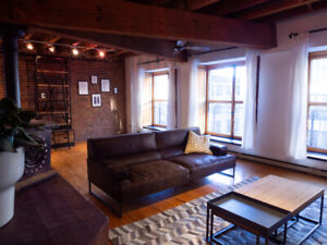 Magnifique loft meublé 3 1/2 en plein cœur du Vieux Montréal