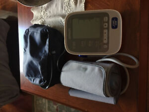 Omron Automatic Blood Pressure Monitor for Sale