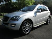 61/11 MERCEDES ML350 GRAND EDITION CDI BLUE EFFICIENCY IN MET SILVER