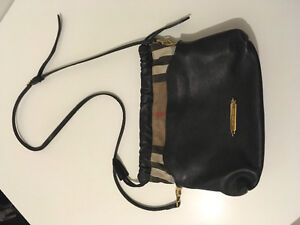 Small Cross Body Burberry bag