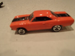 Hot Wheels 1970 Plymouth Road Runner Loose 1:64 scale diecast 3 Sarnia Sarnia Area image 3
