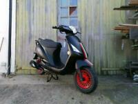 Brand new Sinnis Street 50cc Moped Scooter Learner legal